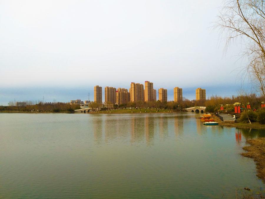 """中江嘉城:湖畔而居争朝夕幸福 不问""""三生三世"""""""