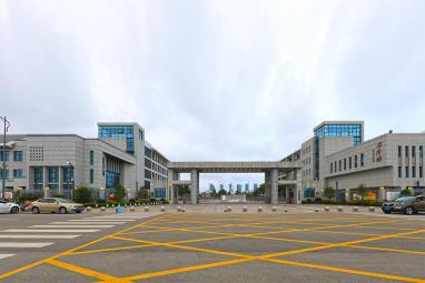 腾飞路实验学校